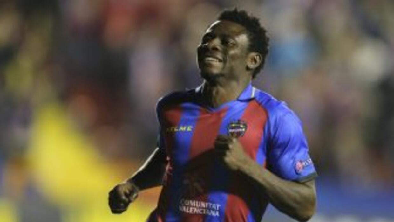 Martins pagó su cláusula de rescisión con el Levante y ahora inicia una...