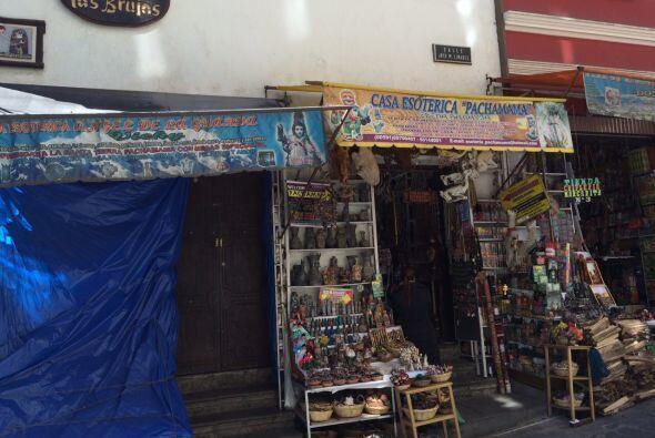 En la Calle de las Brujas se encuentra la Casa Esotérica Pachamama, dond...