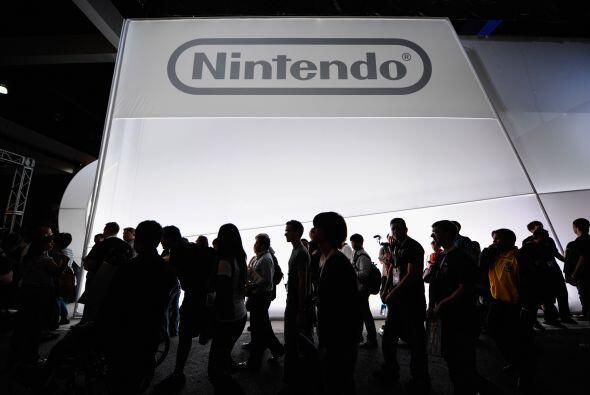 13. Nintendo.  ¿Quién ocupa el mismo lugar en el mercado g...