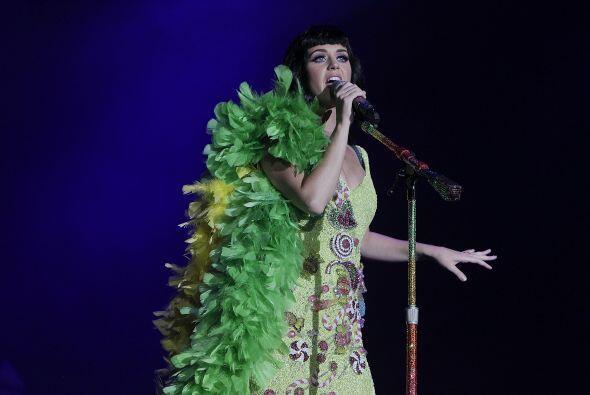 Tras el penoso incidente, Katy fue abucheada y hasta el show tuvo que se...