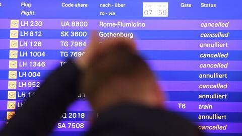 Viajeros dentro de Alemania y otros destinos internacionales han sido pe...