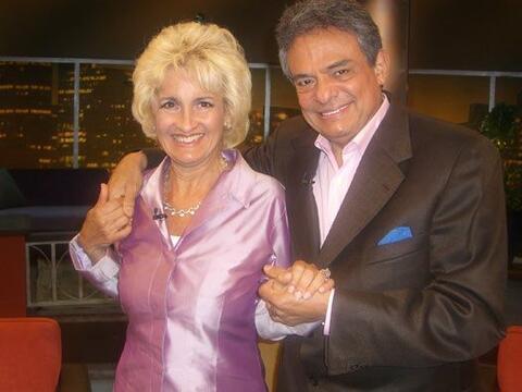 Sarita Salazar, esposa de José José, visitó al Don...