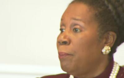 Congresista Sheila Jackson Lee dice en Houston que será difícil tratar e...