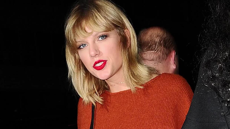 Taylor Swift acusa a un DJ de haberla manoseado