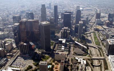 Cielo despejado, calor y viento calmado este viernes en Los Ángeles
