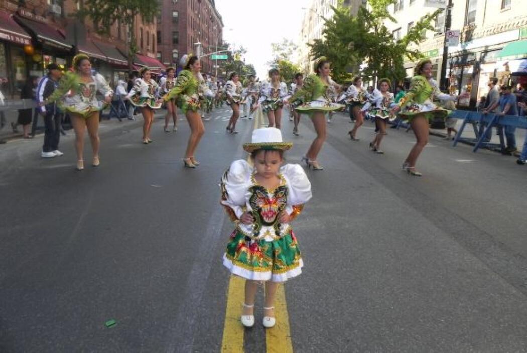 Primer desfile Boliviano de Nueva York c7c1b880ded64dd09dd35cd2dff94306.jpg
