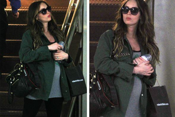En su primer embarazo la actriz se ocultó de las cámaras....