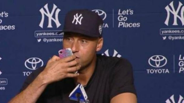 El jugador de loa Yankees protagonizó un momento cómico en a conferencia...
