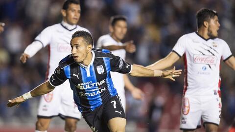 Camilo Sanvezzo marcó dos goles y puso una asistencia.