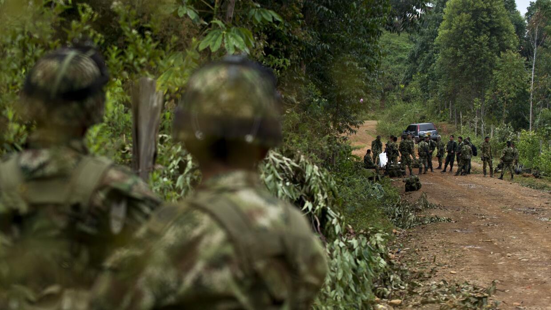 Ejército colombiano en un operativo contra guerrilla de las FARC