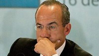 Calderón desafía a los narcos y dice que los enfrentará hasta derrotarlo...