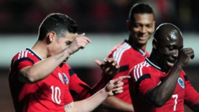 James Rodríguez celebra su gol ante Jordania.
