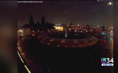 """Miles presenciaron una """"bola de fuego"""" en Puebla"""