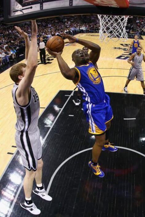 Curry fue una máquina de anotar puntos.