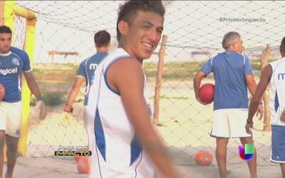 Jóvenes pescadores de El Salvador listos para ser estrellas de fútbol