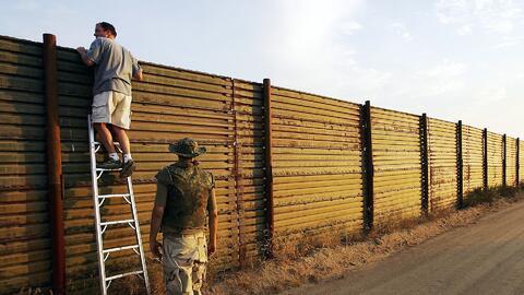 ¿Por qué la población eligió a un presidente que quiere construir un mur...