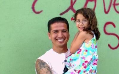 Sufre de cáncer cerebral y ha roto récords al correr junto a su hija