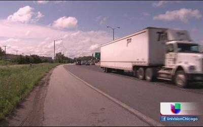 Muere mujer tras golpe de llanta en autopista