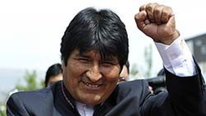 El presidente de Bolivia Evo Morales, nacionalizó cuatro empresas eléctr...