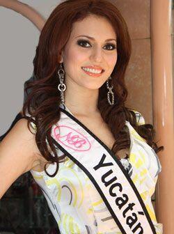 La bella anfitriona del concurso, Anabel Solís Sosa de 21 a&ntild...