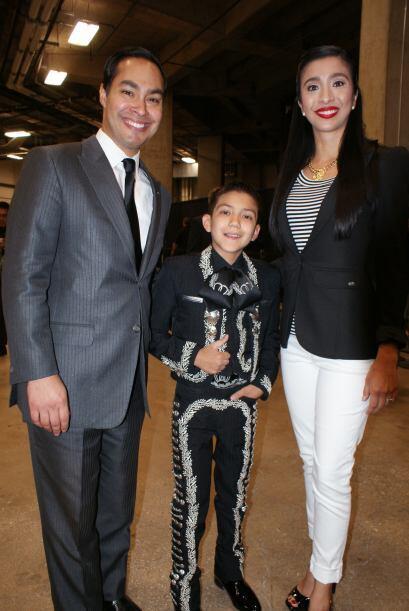 Incluso el alcalde Julián Castro y su esposa quisieron tomarse la foto d...