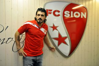 Gattuso apenas llegó al Sion en 2012 y ahora, además de sus funciones co...
