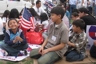 En 2007 La Raza advirtió que en Estados Unidos hay 12 millones de inmigr...