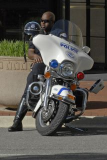La fiscalía estatal de Virginia autorizó a las policías locales para que...