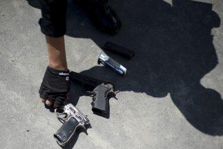 Al menos tres personas murieron durante un asalto perpetrado por delincu...