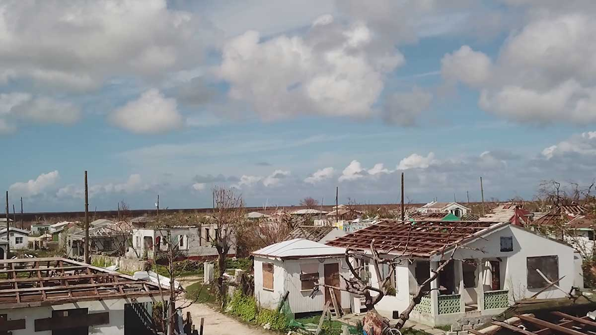 Barbuda: From deserted island to paradise for sale - Univision
