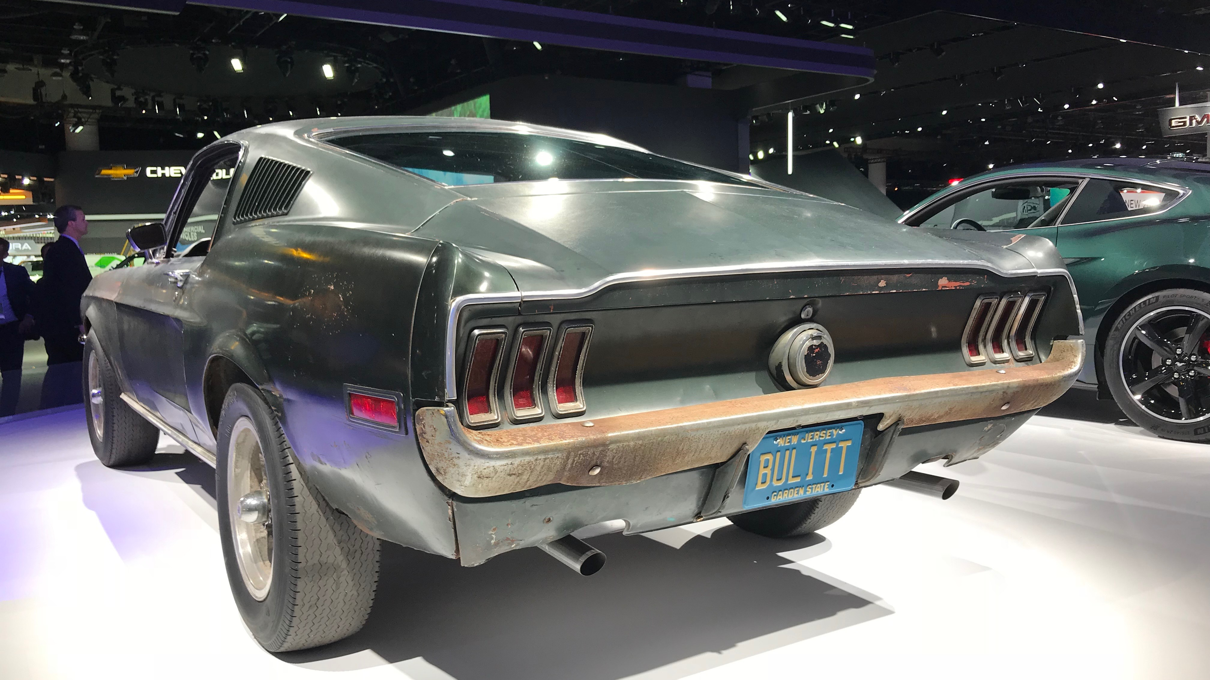 The exciting Ford Mustang Bullitt 2019 debuts at the Detroit Auto