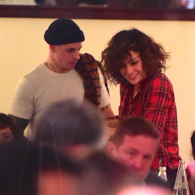 Amar A Muerte Capitulo 6: Jennifer Lopez Tiene Un Acuerdo Con Los Paparazzi
