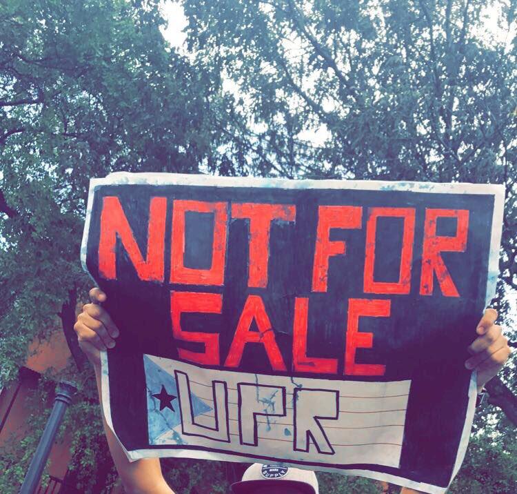 Estudiantes De Universidad De Puerto Rico Anuncian Paro Por Recortes A Presupuesto