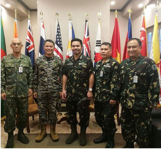 Amar A Muerte Capitulo 40: Manny Pacquiao Fue Ascendido A Coronel Del Ejército