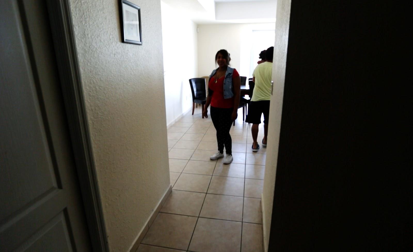Redes de WhatsApp de los inmigrantes venezolanos en Miami venezolana1%20...