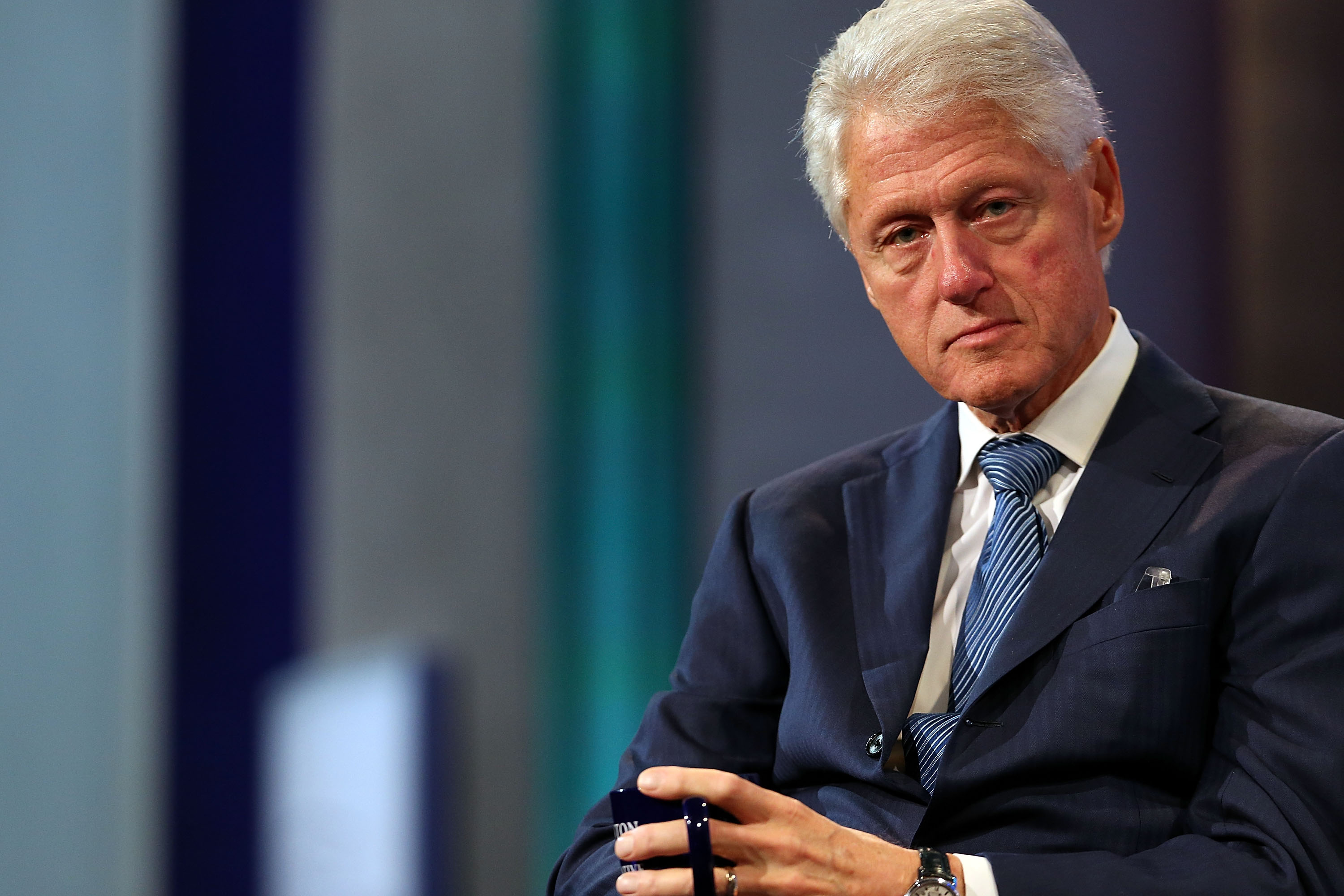 an analysis of the bill clinton versus bob dole 6 analysis 7 2016 democratic national convention william jefferson bill clinton (b william jefferson blythe iii on august 19, 1946, in hope, ar) was the 42nd president of the united states 1996 presidential election in 1996, clinton defeated republican challenger bob dole for the united.