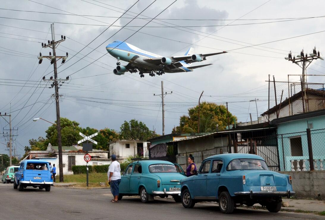 Air Force One sobre Cuba