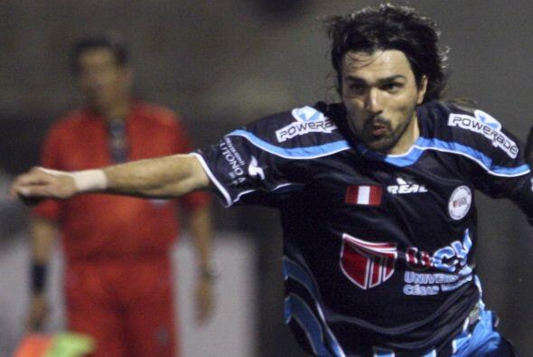 El volante uruguayo Jorge Cazulo fichó para jugar por un a&ntilde...