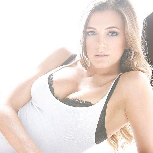 La sexy actríz y modelo estadounidense.