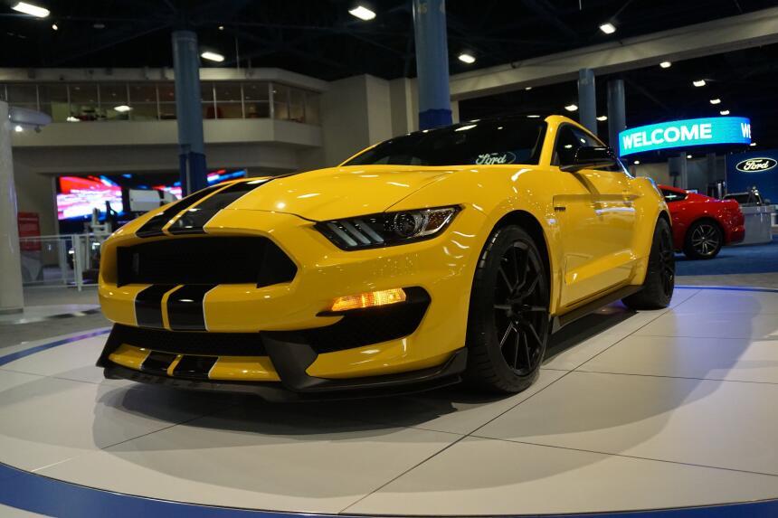 Lo mejor del Auto Show de Miami 2015 F_GT350(2).jpg