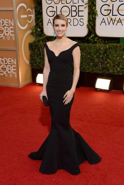Emma Roberts apostó por la elegancia del negro y no se equivocó con su e...