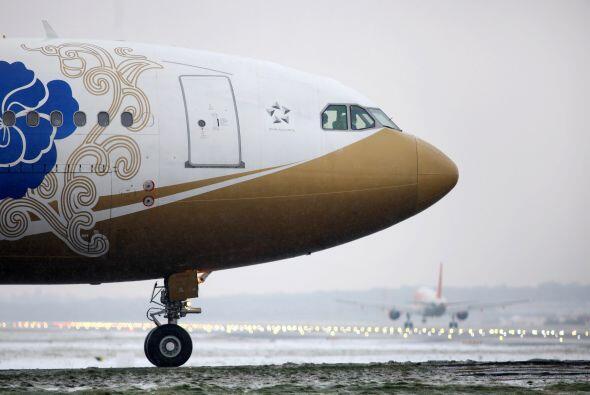 Según informó este viernes Heathrow, las cancelaciones responden princip...