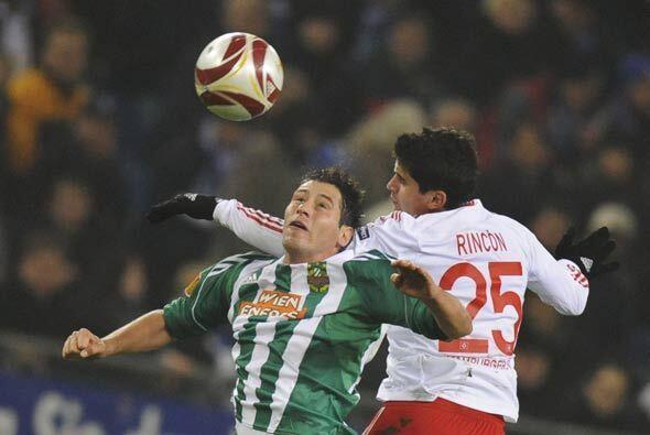 El Hamburgo derrotó al Rapid de Viena y aseguró su boleto para la siguie...