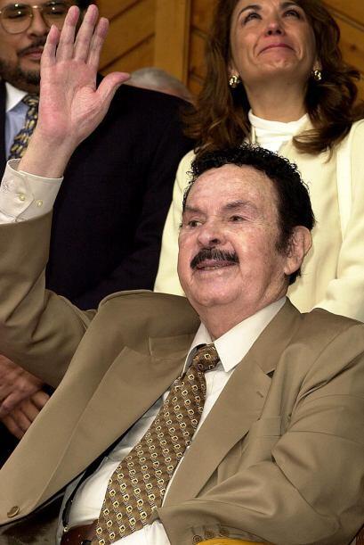 Antonio Aguilar es uno de los máximos ídolos de la canción ranchera, por...