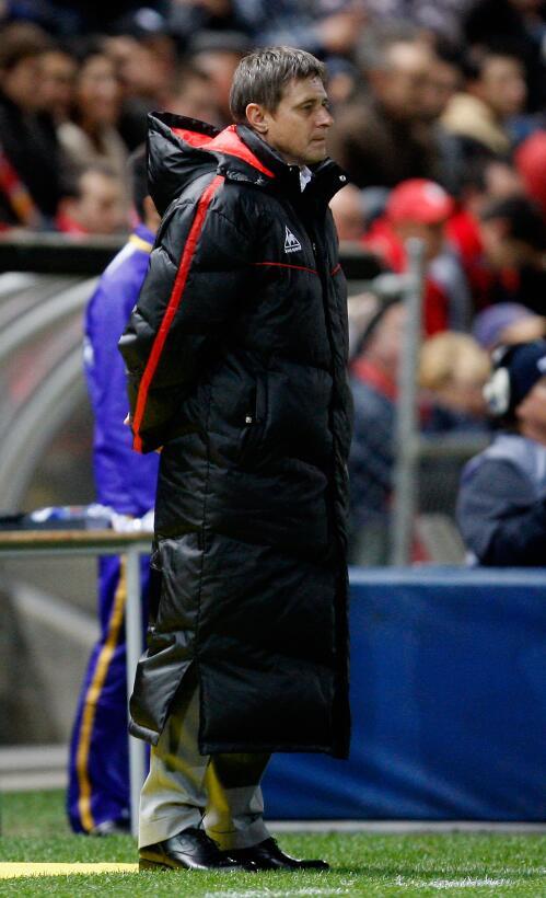 4. Dragan Stojkovic (Serbia) - Guangzhou R&F le paga 8 millones de e...