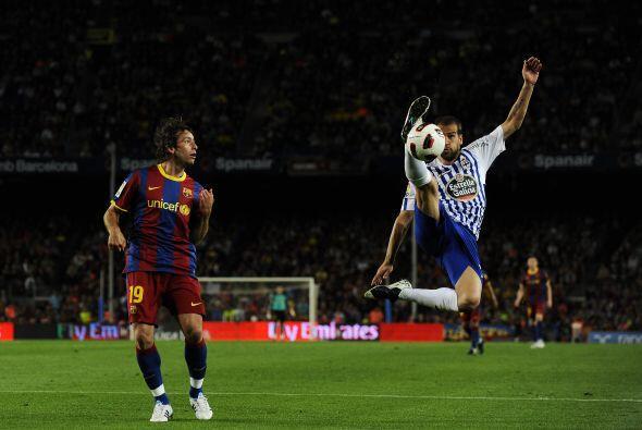 Por favor, qué elasticidad y estética la de Albert Lopo del Deportivo La...