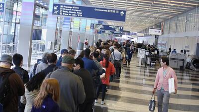 Arrestan a un ciudadano francés señalado de amenazar con detonar una bomba en el Aeropuerto O'Hare de Chicago