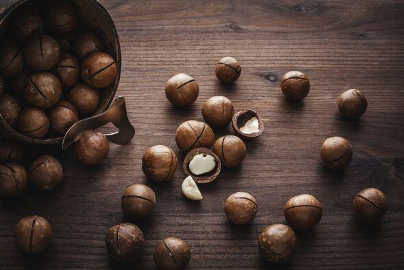 """Imperdibles: las nueces de macadamia bañadas en chocolate y el """"Pog"""", la..."""
