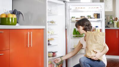Alimentos que no deberían ocupar un lugar en tu refrigerador