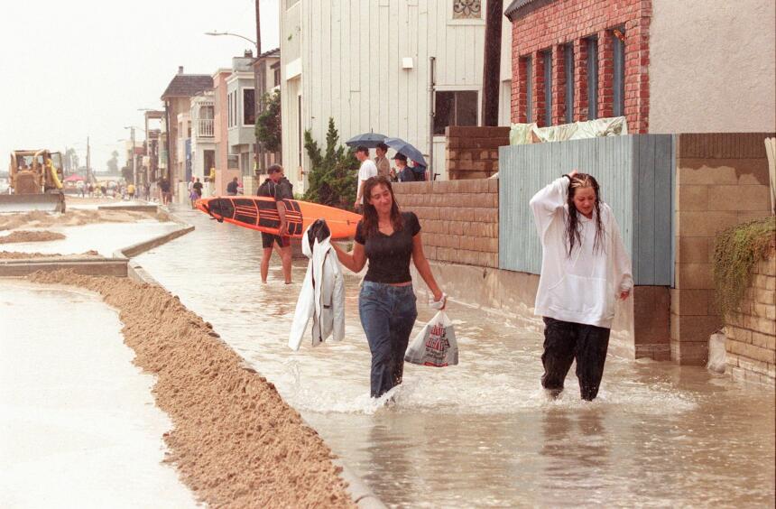 Lluvias torrenciales causadas por últimos coletazos del huracán Nora en...